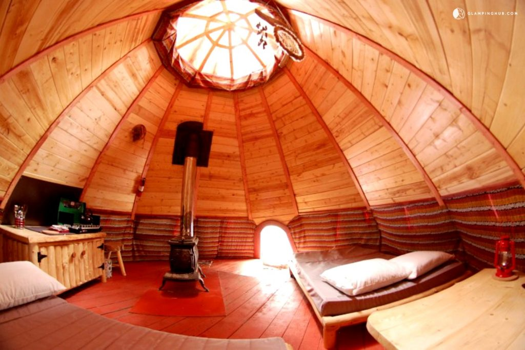 Tipi Rental Surrounded by Woodlands in Nominingue, Canada - Glamping Hub